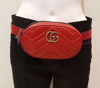 Gucci 爆款红色小号腰包