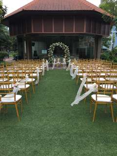 Gold Tiffany Chairs For Rent
