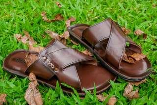 Sandal kurung kulit 01 Family Bunut shoes
