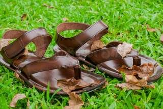 Sandal gunung kulit Family Bunut Shoes