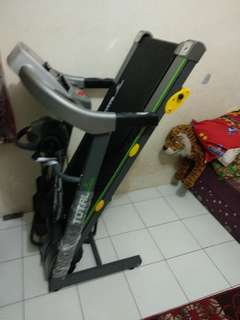 Treadmill TL 288 total