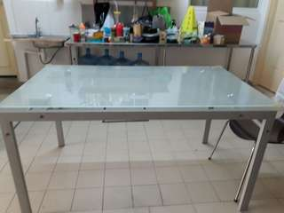 Large 6 pax table