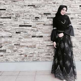 Elegant Black Gown with veil 3in1
