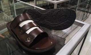 Sandal kurung kulit rock n roll Family Bunut Shoes Marron