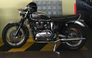 Triumph bonne t100(curb) coe till  2027 ... registration year 2007  (slight nego appoint viewing)