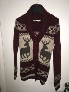 Warm maroon/ red Christmas cardigan with reindeer