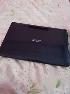 Acer Aspire 4736z with free gaming mouse