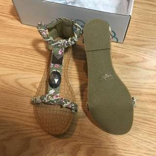 Sandals (size 8)