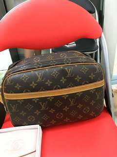 Louis  Vuitton Reporter GM