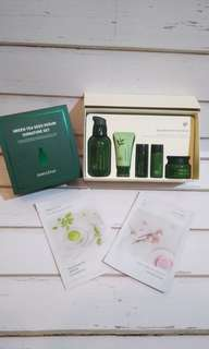Innisfree Green Tea Seed Serum Signature Set + 2 Mask