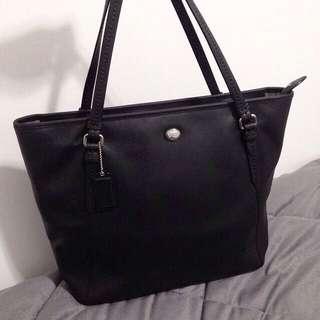 ❗️Authentic Coach tote bag
