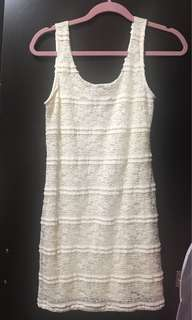 Laced dress (small)