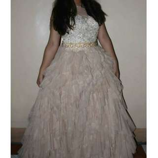 ruffles gown for rent