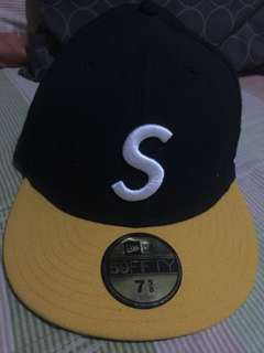 SUPREME x NEW ERA CLOSE CAP