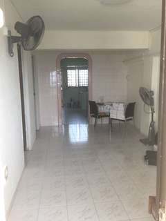 3 Room for rent verygood location