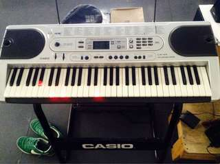 Casio LK-45 Key lighting keyboard