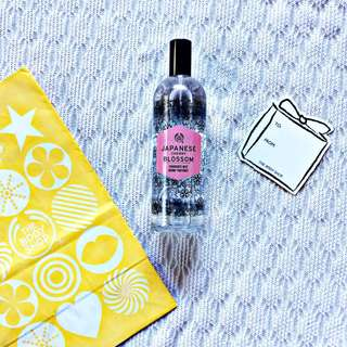the body shop Japanese Cherry Blossomy Fragrance Mist