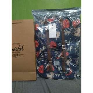 💎 Blue-Floral Original Herschel Backpack 💎