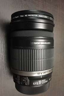Canon EF-S 18-200mm F 3.5 - 5.6 IS lens