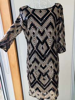 Sequin Dress. Low Back. Black/Gold size M . BNWT.