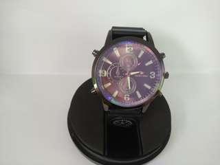 Jam tangan swiss army kompas