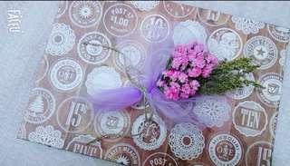Mini door gift flower bouquet