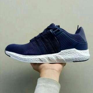 Sepatu Pria Adidas EQT