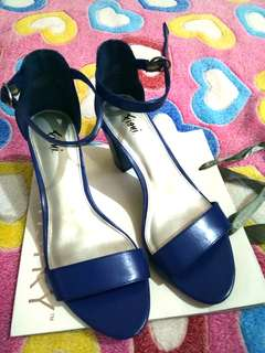 heels fioni