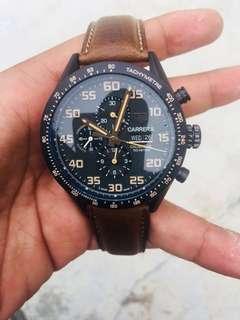 Jam tangan tag heuer carrera