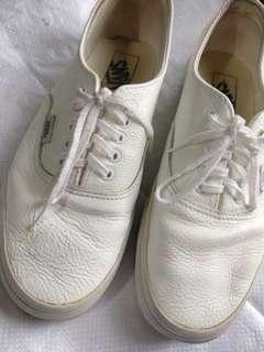 Vans white Shoes Original/Authentic