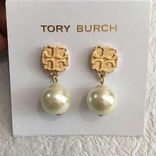 Tory Burch珍珠吊墜耳環