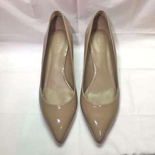Nude heels (Pedro patent pointed kitten pumps)