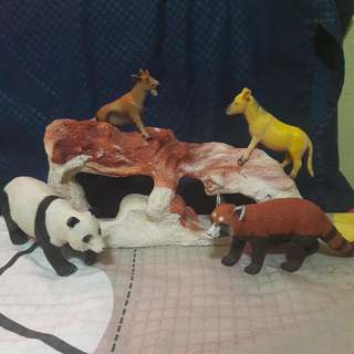Animals From The Zoo (Hard Plastic)