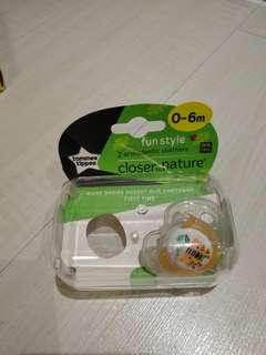Tomee Tippee Pacifier (0-6 months)