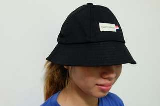 Statement bucket cap