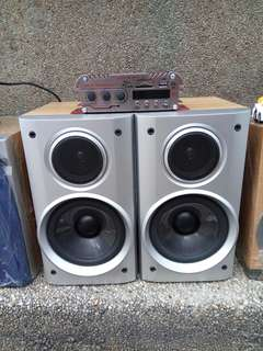Aiwa speaker with bluetooth amplifier frim japan (220 volts)