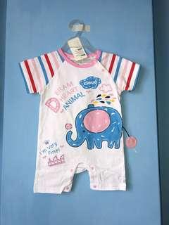 全新 立體大象連身衣(95碼)嬰兒包屁衣 爬服 兔裝,非背心 T恤 洋裝 外套