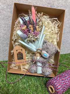 Dried Flower Bouquet / Bear with Lavender Bouquet in Box / Everlasting Flower
