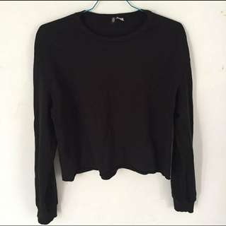 Sweater hnm hitam