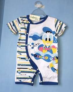 全新 唐老鴨連身衣(90碼)嬰兒包屁衣 爬服 兔裝,非背心 T恤 洋裝 外套