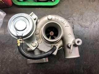 堅達3.5 3/4期 4M40 渦輪增壓器 外匯新品