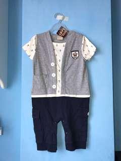 全新 船錨連身衣(95碼)嬰兒包屁衣 爬服 刷毛 兔裝,非背心 T恤 洋裝 外套
