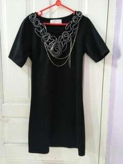 Dress mini hitam