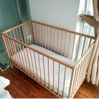 Baby Crib + Mattress (with delivery)