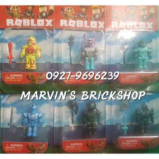 New Arrival ROBLOX 6 Toy Included (ALT)
