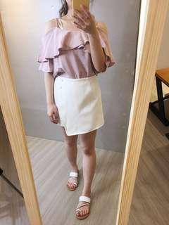 白色褲裙。