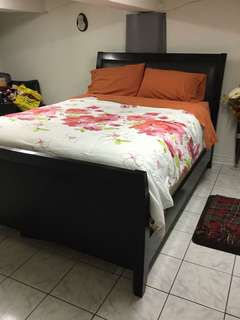 4 Peace set bedroom furniture