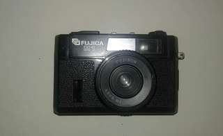 Kamera analog Fujica M1