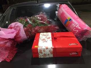 Surprise gift #FlytoSG