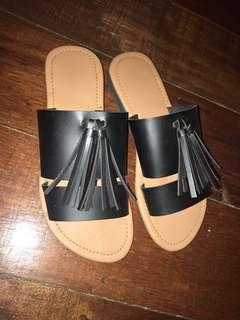 Black sandals w/ tassle